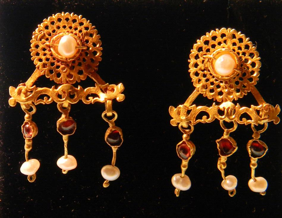 Gold Garnet and Pearl Earrings