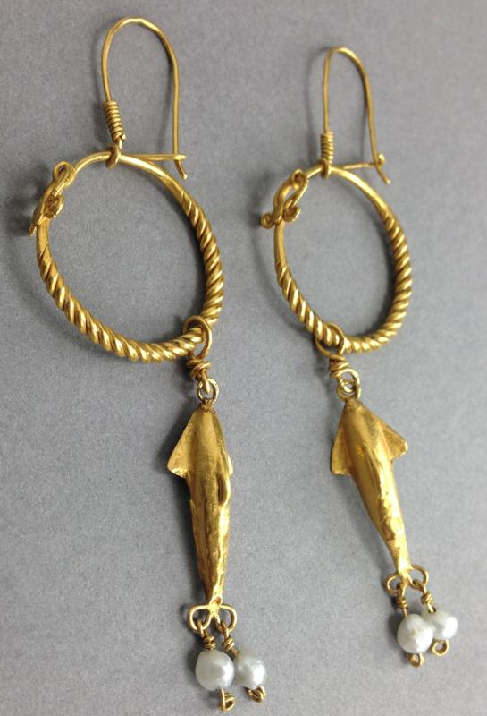 Roman Gold Dolphin Earrings